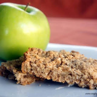 Peanut Butter and Apple Oatmeal Breakfast Bars.