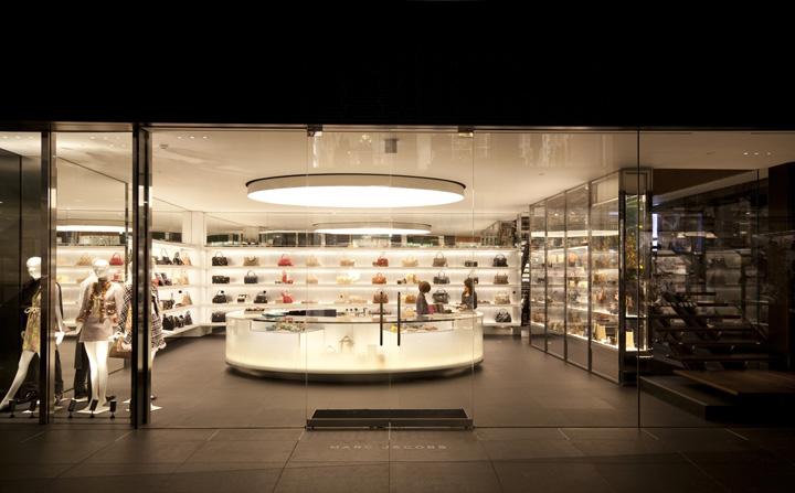 Desain showroom Marc Jacobs hasil karya Mark L. Gardner - source: retaildesignblog.net