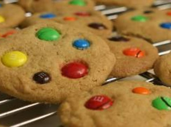 Holly Jolly Peanut Butter Cookies Recipe