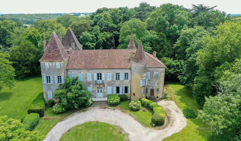 Château classé monument historique Aignan