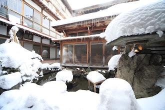 Photo: 中庭 平安風呂 外観 冬2 Courtyard