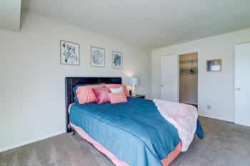 Go to Oak Renovated Floorplan page.
