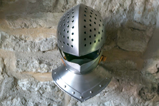tallinn-knight-armor-helmet.jpg - An armor helmet in the Kiek in de Kök Fortification Museum in Tallinn.