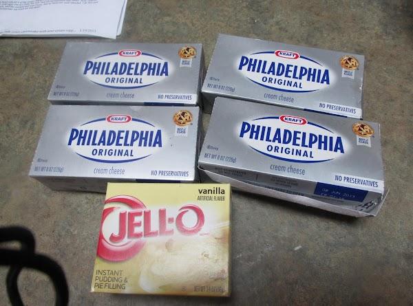 Prepare cheesecake filling by adding cream cheese, pudding & pie filling,sugar,sour cream & kool...