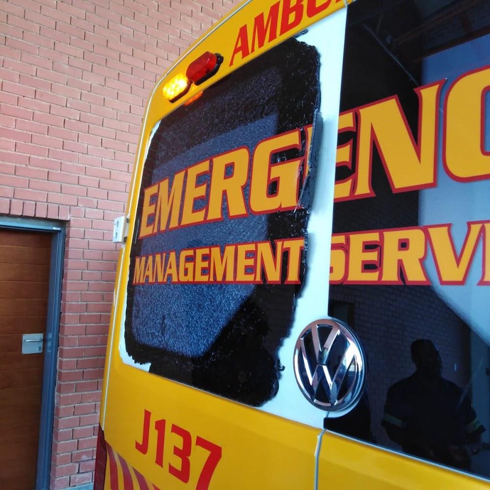 Pasiënt 'klaar' met die oog op paramedici in Johannesburg - SowetanLIVE Sunday World