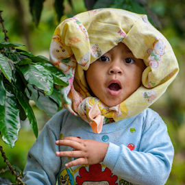 A young farmer girl by Kriswanto Ginting's - Babies & Children Child Portraits