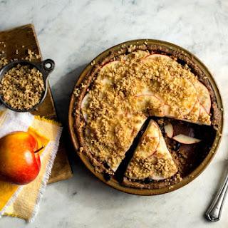 Crisp Raw Apple Pie
