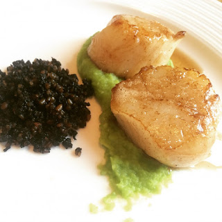 Scallops, Broad Bean Puree And Black Pudding Crumb