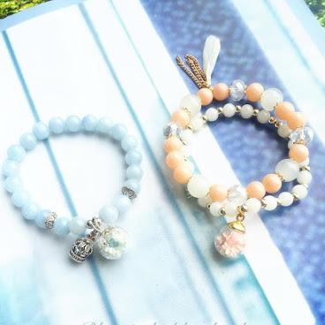 Love it! Welcome to dm me for details 🤗 ~ #igshop #handmade #accessories #nonpierced #handmadejewelry #bracelet #necklace #rings #studs #bangle #earrings #pressedflower #CZ #crystals #valentinesday #pekinese #寵物頸鏈 #頸鏈 #戒指 #手鐲 #手額 #耳環 #壓花 #押花 #夾耳環 #情人節禮物 #粉晶 #手作市集 #英文字母 #姊妹手飾