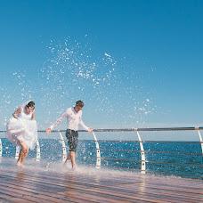 Wedding photographer Igor Vasilev (PeChe). Photo of 26.05.2014