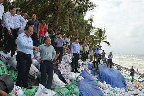 Bãi biển Cửa Đại, khởi động dự án chống xói lở