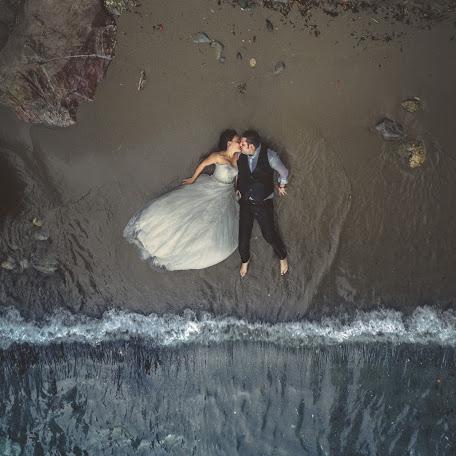 Wedding photographer Alessandro Colle (alessandrocolle). Photo of 03.12.2017