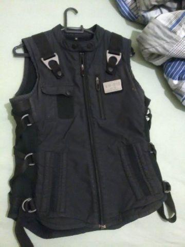 d1187ad1080 Popsy: Colete Oakley Ap Vest