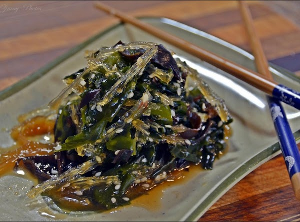 Emerald Green Seaweed Salad Recipe