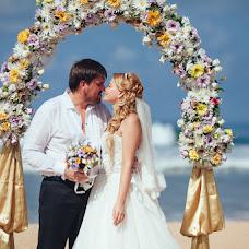 Wedding photographer Tatyana Suyarova (TatyanaSuyarova). Photo of 18.03.2015