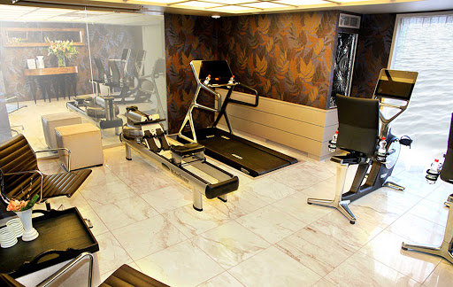 Keep in shape at the fitness center on AmaKristina.
