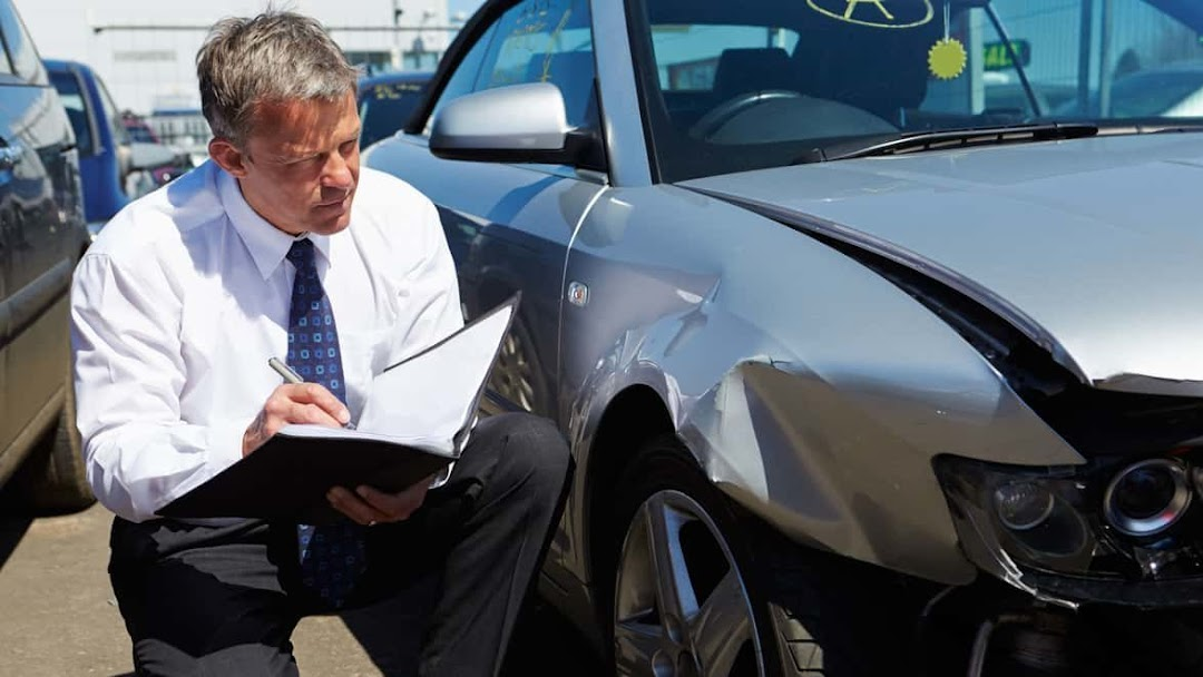 The Hanford Super Car Accident Lawyer - Law Firm