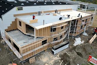 Photo: 08-11-2012 © ervanofoto Een overzicht van de werf uit een andere hoek.
