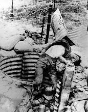 Photo: BÊN THẮNG CUỘC - HUY ĐỨC                         Terrorist Communists attacked Thanh My Village (Quang Nam province) and killed many Vietnamese women and children in May 1970. http://www.vietnam.ttu.edu/virtualarchive/items.php?item=VA056309 Cộng sản khủng bố tấn công Thanh Mỹ Village (Quảng Nam). Giết chết nhiều phụ nữ và trẻ em Việt Nam tháng 5 năm 1970.