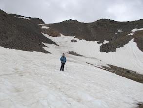 Photo: Encara queden glaceres pel camí de baixada