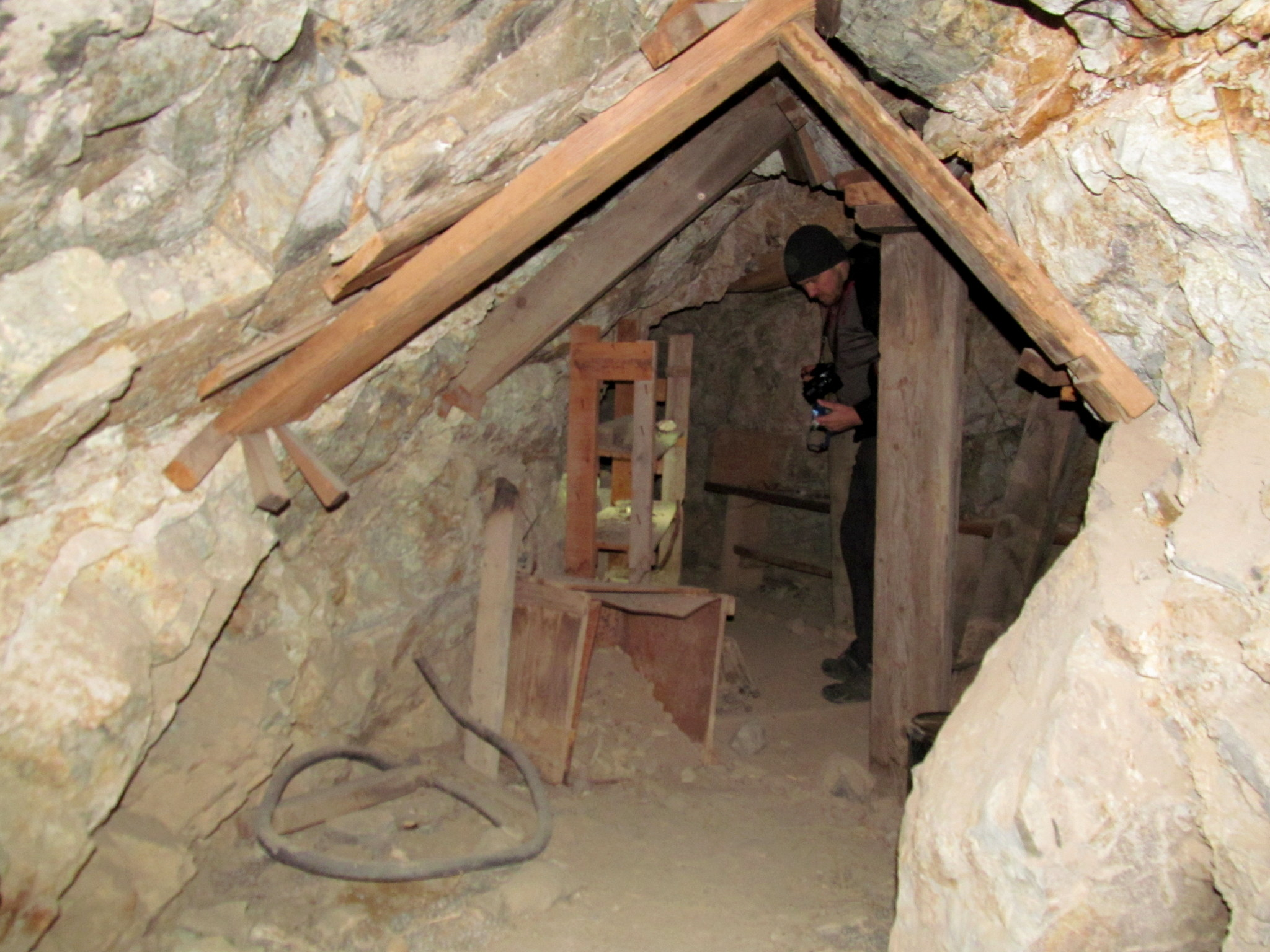 Photo: Inspecting a mine tunnel