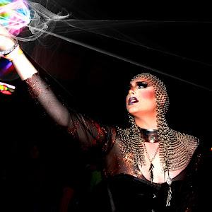 Halloween Drag Show 111glows.jpg