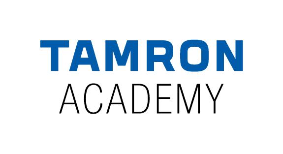 ŽENA WOMAN STRAKONICE - Logo Tamron