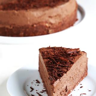 Gluten Free No Bake Chocolate Cheesecake.
