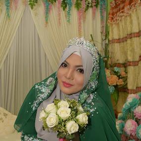 beautiful bride by Azman Jaeh - Wedding Bride ( wedding photography, wedding, beautiful, wedding dress, bride )