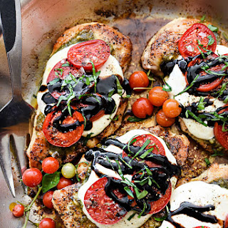 30-Minute Caprese Chicken
