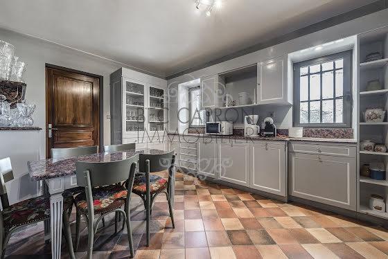 Vente propriété 15 pièces 560 m2