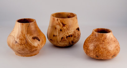 "Photo: Stan Wellborn - two 5""x5"" and one 5"" x 4"" 'southwestern' vessels [maple, maple burl, aspen]"