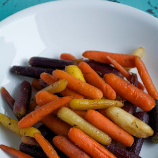 Maple-Thyme Roasted Carrots (Paleo, Gluten-Free)