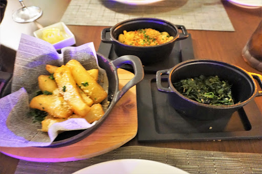 21.jpg - The side dishes at the steakhouse were almost as good as the main courses!