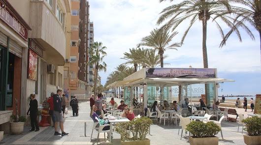 El Paseo Marítimo y la playa afrontan el primer fin de semana de la Fase 1