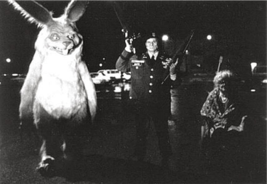 Photo Retro Vintage Creepy Scary Easter Bunny Creepybunny Badbunny Scarybunny