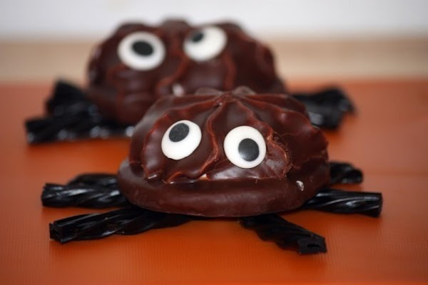 Halloween Spider Cookies Recipe