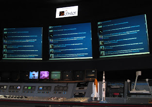 Photo: Live tweets int he Blast Off Theatre at Space Center Houston