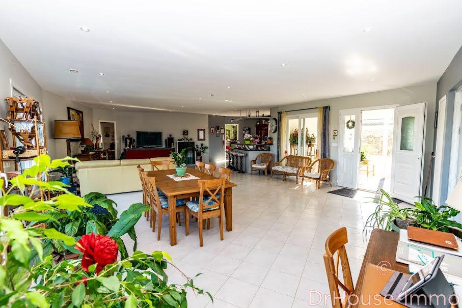 Vente maison 7 pièces 300 m² à Falaise (14700), 597 000 €