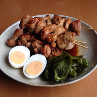 Cook Yakitori (Grilled Chicken Skewers) Made with Frying Pan