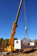 Photo: Lifting and placing a 36 tonne piece
