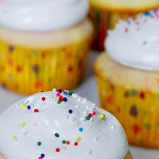 8 egg white Funfetti cupcakes and (7 minute) frosting