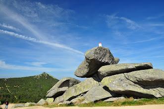 Photo: Twarożnik. Charakterystyczna granitowa grupa skalna 1320 m npm, ponad Mokrą Przełęczą. Panorama wygląda tak: http://dolnyslask360.pl/miejsce.php?q=28
