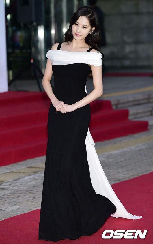 seohyun gown 27