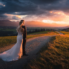 Wedding photographer Piotr Jamiński (PiotrJaminski). Photo of 01.10.2018
