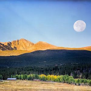 moon over colorado.jpg