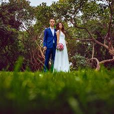 Wedding photographer Vitaliy Shupilov (Shupilov). Photo of 03.10.2017
