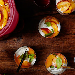 Slow Cooker Amaretto-Poached Peaches