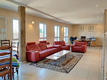 Appartement 4 pièces 130,22 m2