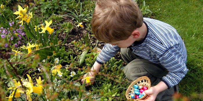 A child playing Easter Hunt game